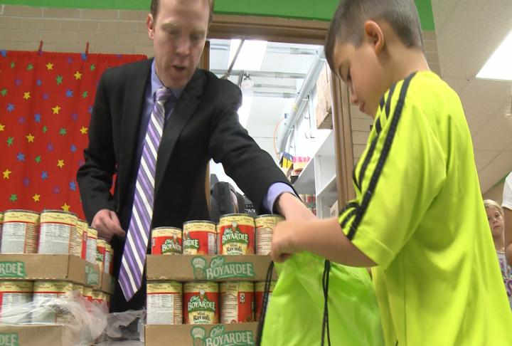 Blessings in Backpack Program helps dozens of Quincy Public School kids