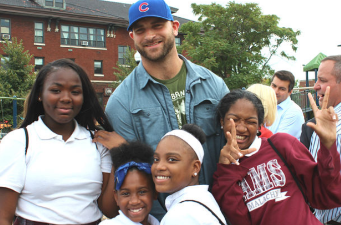 Chicago Bears' Kyle Long Opens New Playground & Feeds 125 Kids